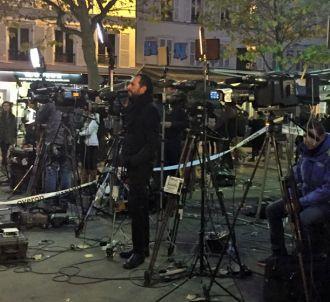 Les médias français et étrangers, dimanche à Paris, sur...
