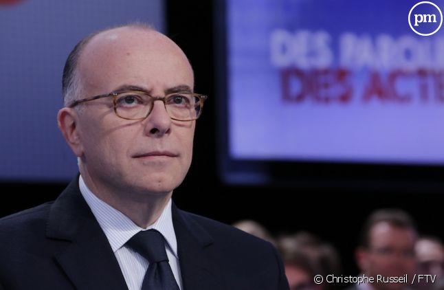 """Bernard Cazeneuve sur le plateau de """"Des Paroles et des actes"""""""