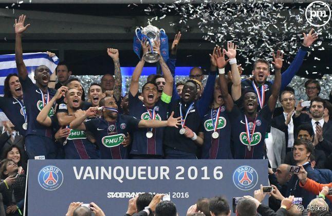 Victoire de la Ligue 1 par le PSG en 2016