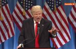 """Saturday Night Live"" parodie la conférence de presse de Donald Trump"
