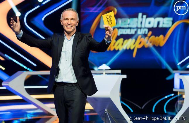 """Samuel Etienne dans """"Questions pour un champion"""""""
