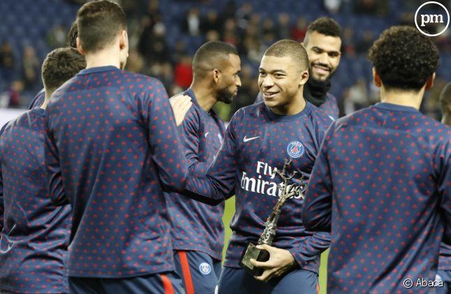 <span>Kylian Mbappé et ses co-équipiers du PSG</span>