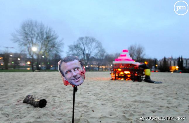 Simulacre d'exécution d'Emmanuel Macron à Angoulême