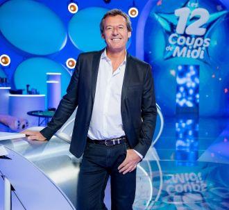 Jean-Luc Reichmann sur le plateau des 'Douze coups de midi'