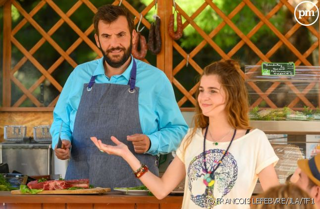 "Laurent Ournac et Esther Valding dans ""Camping Paradis"""