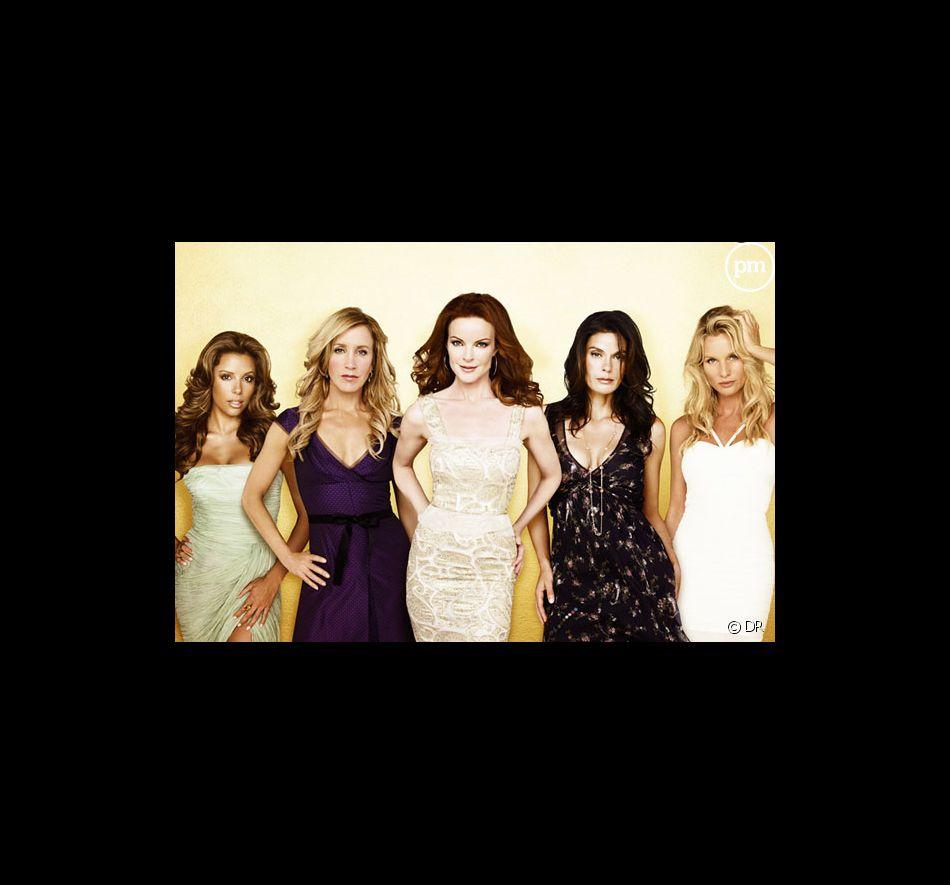 """Eva Longoria, Felicity Huffman, Marcia Cross, Teri Hatcher et Nicollette Sheridan dans """"Desperate Housewives"""""""