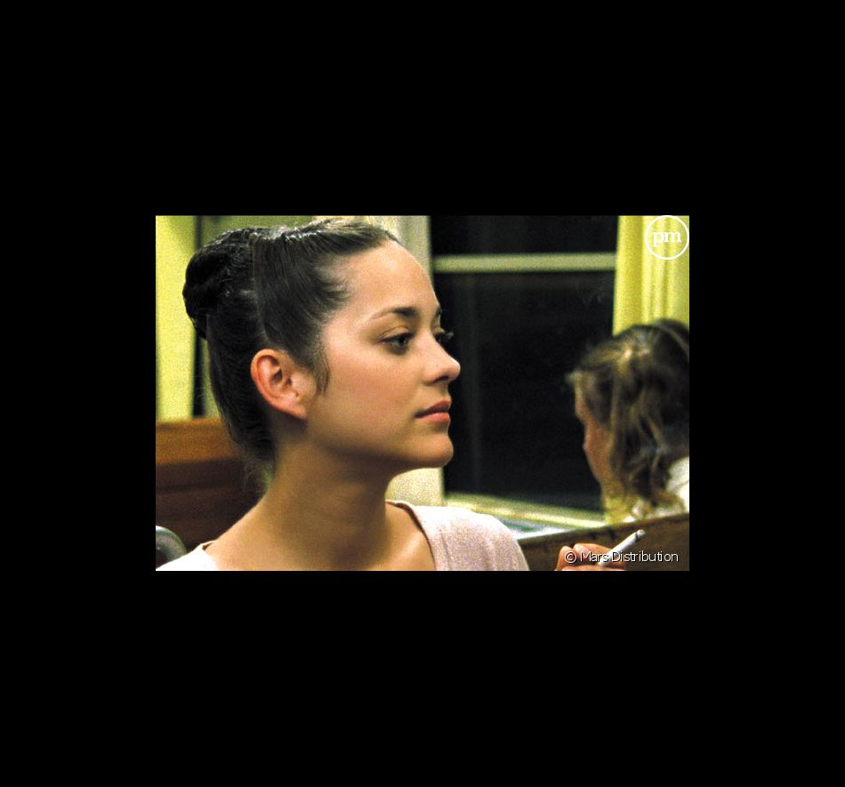 """Marion Cotillard dans """"Innocence""""."""