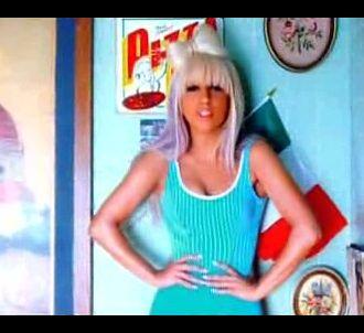 Lady GaGa dans le clip de 'Eh Eh (Nothing Else I Can Say)'