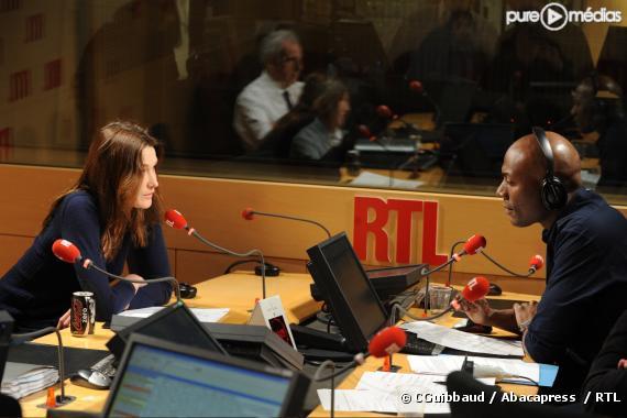 Carla Bruni invitée d Harry Roselmack, sur RTL