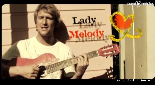 """Tom Frager dans le clip de """"Lady Melody"""""""