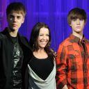 Justin Bieber et sa maman découvrent sa statue de cire au musée Madame Tussaud de Londres