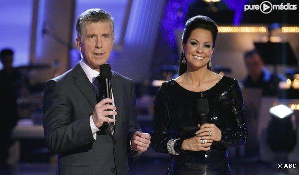"Tom Bergeron et Brooke Burke présentent ""Dancing with the Stars"""