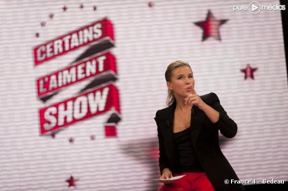 """Stéphanie Renouvin présente """"Certains l'aiment show"""" sur France 4"""