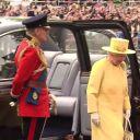 La reine Elizabeth II arrive à l'Abbaye de Westminster