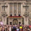 La famille royale sur le balcon de Buckingham