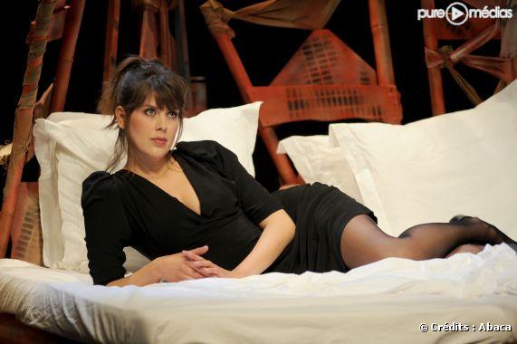 "Serena Reinaldi dans la pièce ""Ciao Amore"", avril 2010,"