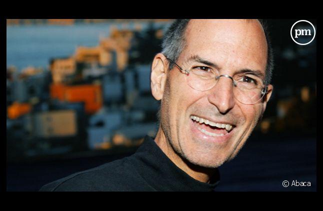 Steve Jobs annonce qu'il quitte Apple le 24 août 2011.