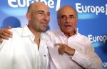 Zapping : Agacé, Jean-Pierre Elkabbach interrompt Nicolas Canteloup en direct