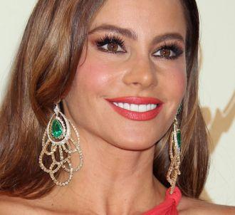 Sofia Vergara sur le tapis rouge des Emmy Awards 2011