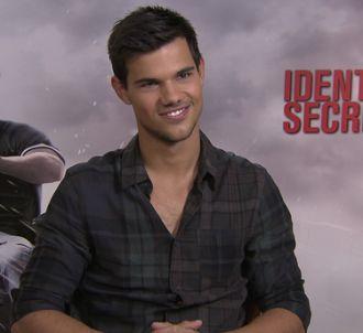 Taylor Lautner, interrogé par Charles Decant.