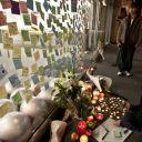 Hommage à Steve Jobs dans un Apple Store à San Francisco, où est implantée Apple.