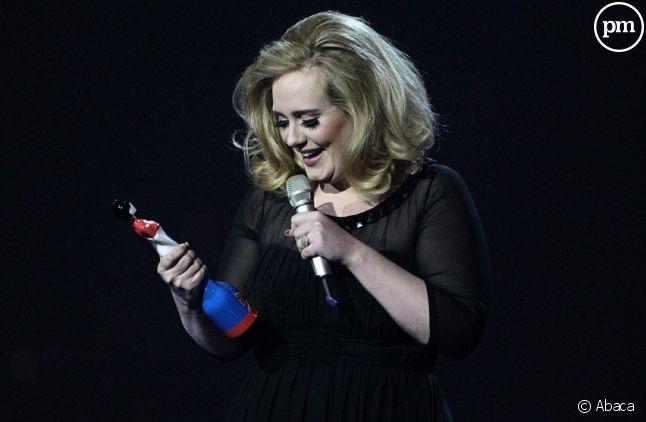 Adele aux Brit Awards 2012