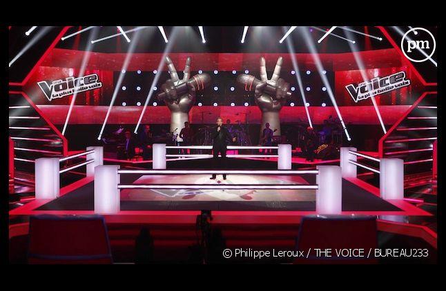 """Nikos Aliagas sur le plateau des battles de """"The Voice"""""""