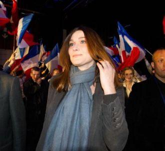 Carla Bruni-Sarkozy, lors d'un meeting de Nicolas Sarkozy...