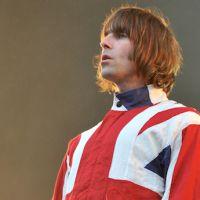 JO : Liam Gallagher seul sur scène pour la cérémonie de clôture avec