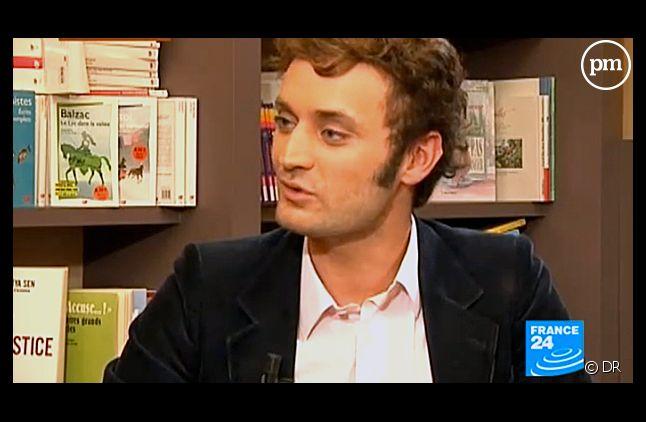 """Augustin Trapenard est le nouveau chroniqueur littéraire du """"Grand Journal"""" de Canal+."""