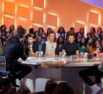 One Direction déclenche l'hystérie au 'Grand Journal'