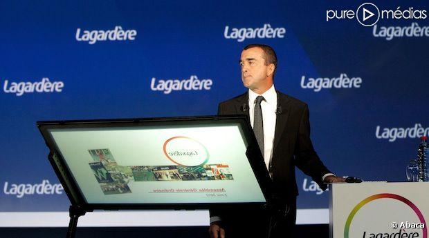 Arnaud Lagardère aurait envisagé de mettre fin au contrat de Valérie Trierweiler