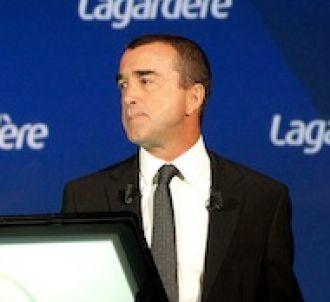 Arnaud Lagardère aurait envisagé de mettre fin au contrat...