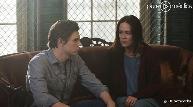 """Sarah Paulson et Evan Peters seront de retour dans la saison 3 d'""""American Horror Story"""""""