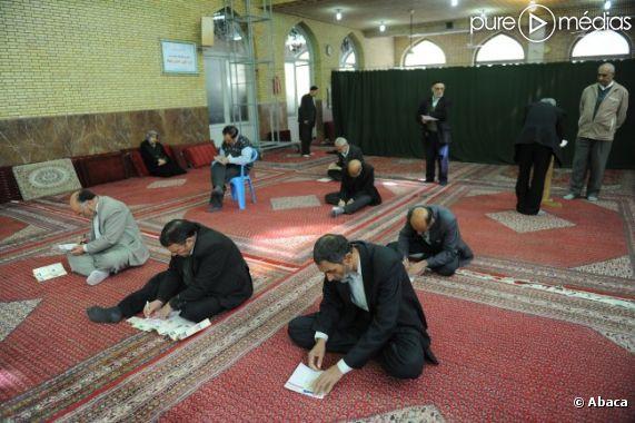 Lors d'élections parlementaires, le 2 mars 2012, en Iran.