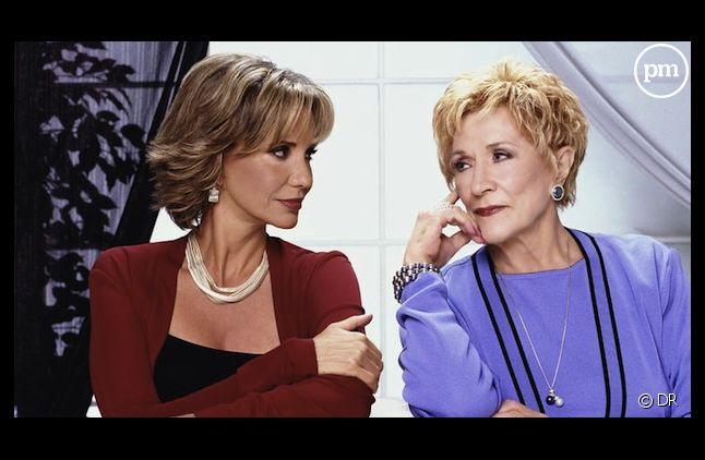 """Jeanne Cooper (à droite) face à Jess Walton dans """"Les feux de l'amour"""""""
