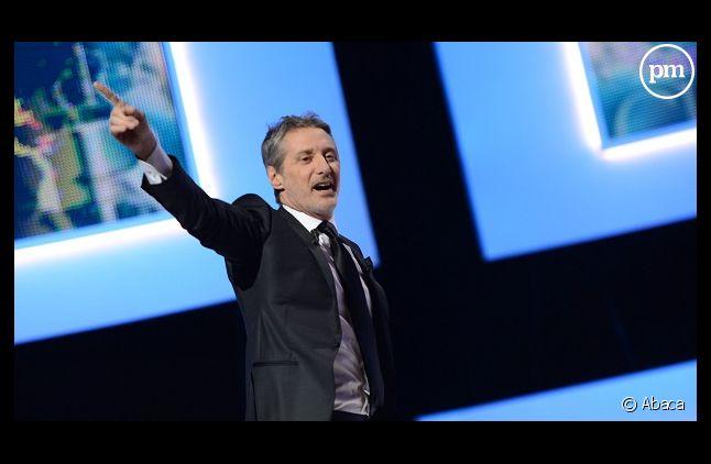 """Antoine de Caunes veut """"évacuer la promo"""" du """"Grand journal"""""""