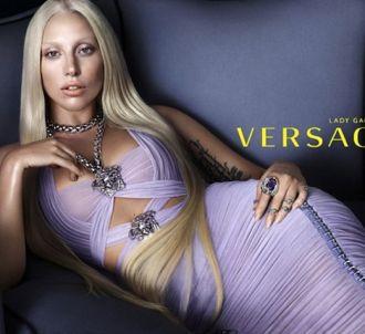 Lady Gaga, nouvelle égérie Versace.