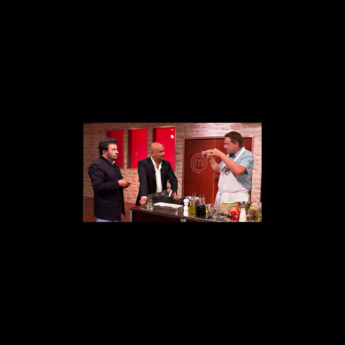 Yves camdeborde quitte le jury de masterchef puremedias for Cuisinier yves camdeborde