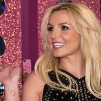 Charts UK : Britney Spears floppe, Lily Allen repasse en tête, One Direction toujours puissant