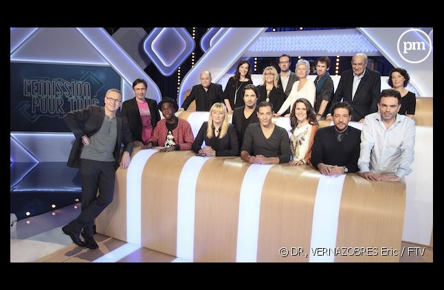 """La bande de """"L'émission pour tous"""" de Laurent Ruquier sur France 2."""