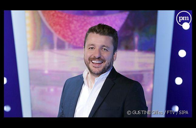 """Bruno Guillon a pris les commandes de """"On n'demande qu'à en rire"""" depuis lundi sur France 2"""