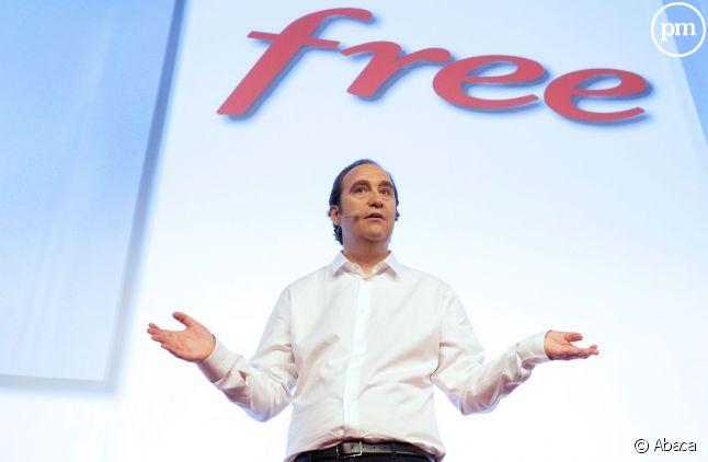 Le lancement de Free mobile, en janvier 2012 à Paris.