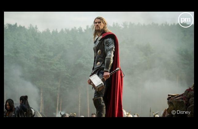 "Chris Hemsworth dans ""Thor"""