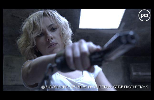 """Lucy"" démarre en tête du box-office US"