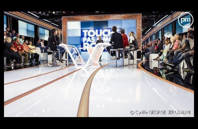 """Record de la saison pour """"Touche pas à mon poste"""""""