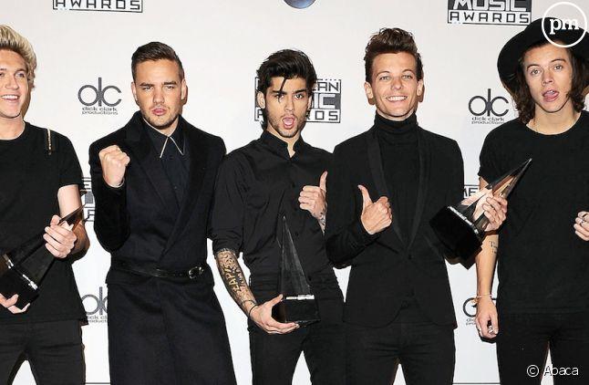 """One Direction en tête du Top Albums britannique avec """"FOUR"""""""