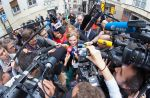 Les Français de plus en plus méfiants à l'égard des journalistes