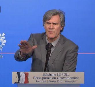 Stéphane Le Foll devant des journalistes aujourd'hui