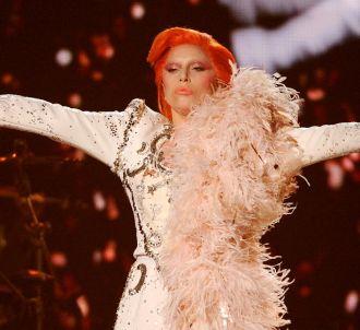 Lady Gaga redonne vie à David Bowie.